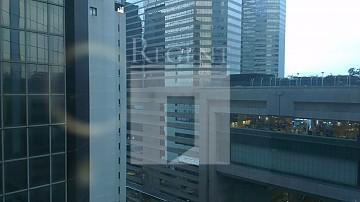 CENTRAL PLAZA (中環廣場)