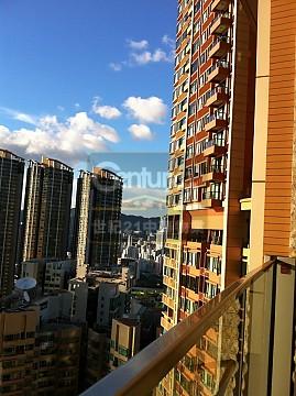 Apartment / Flat / Unit | AUSTIN RD W 1, ARCH TWR 02, Hong Kong 1