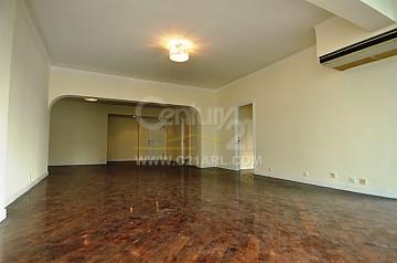 Apartment / Flat / Unit | MACDONNELL RD 114-120, GROSVENOR HSE, Hong Kong 10