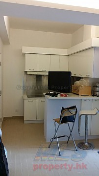Apartment / Flat / Unit | KAM WA ST 32-34, KINLEY BLDG, Hong Kong 2