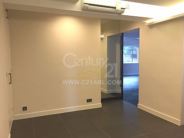 REALTY GDN BLK 02 (PARIS COURT)