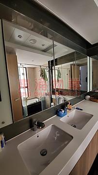昇薈高層高樓底落地玻璃低過估價