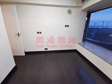 映灣園 ※ 大平台特色3房單位出租