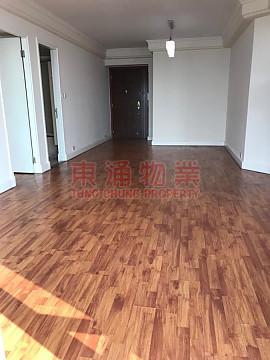 ●三房木地板+貯物室●映灣園