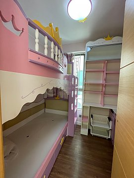 愛琴灣 新裝兩房 連車位