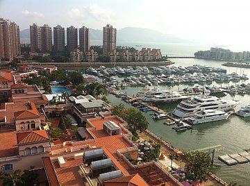 香港黃金海岸 6百萬樓下 兩房仲有貨揀